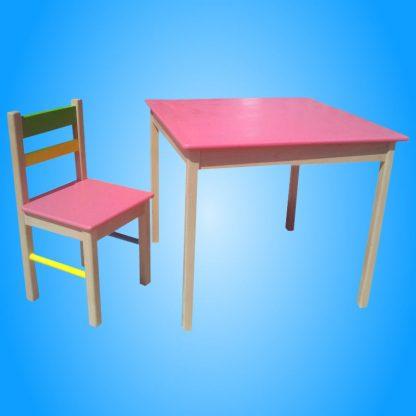 deciji sto i stolice drveni